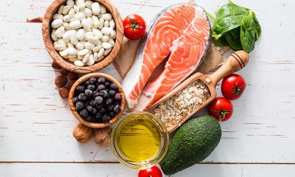 ¿Qué pescado debe haber en la dieta de un deportista?