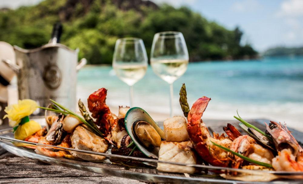 ¿Por qué se comen los pescados y mariscos en esta temporada?